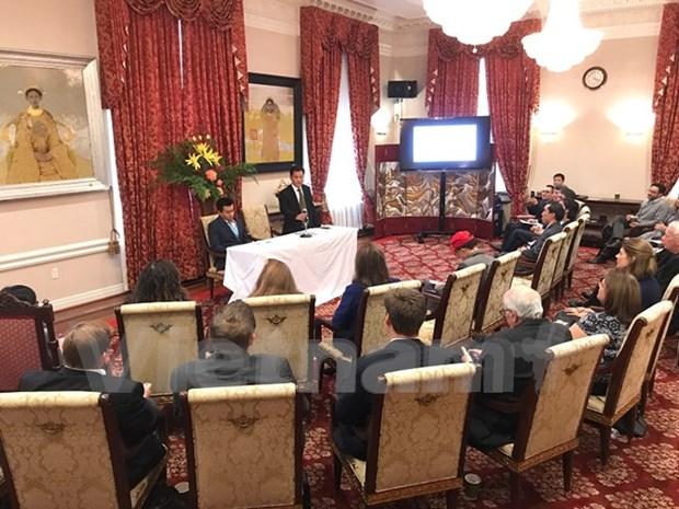 提高在越南的非政府组织运作效果座谈会在美国举行 hinh anh 1
