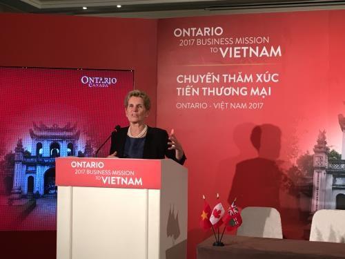 越南和加拿大安大略州签署总值达近3000万加元的合作协议 hinh anh 1