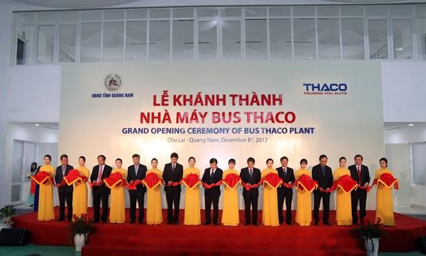 首家越南品牌巴士生产厂正式落成 hinh anh 1