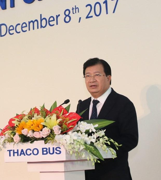 首家越南品牌巴士生产厂正式落成 hinh anh 2
