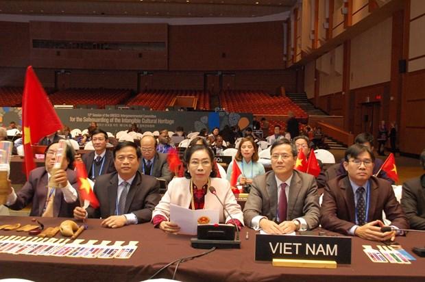 越南发牌唱曲艺术被列入《人类非物质文化遗产代表作名录》 hinh anh 1