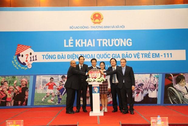 111 越南儿童保护国家热线正式开通 hinh anh 1