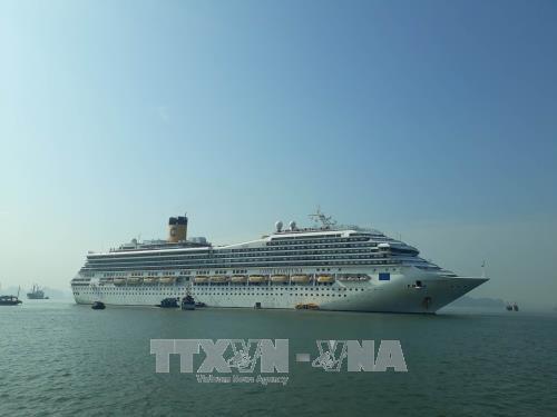 越南广宁省与中国福建省海上邮轮旅游航线正式开通 hinh anh 1