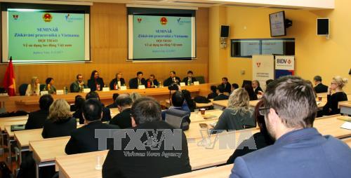 """题为""""聘用越南劳工""""的研讨会在捷克举行 hinh anh 1"""