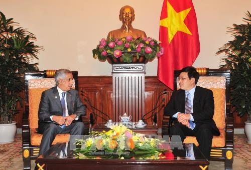卡塔尔外交部国务秘书穆赖基对越南进行正式访问 hinh anh 1