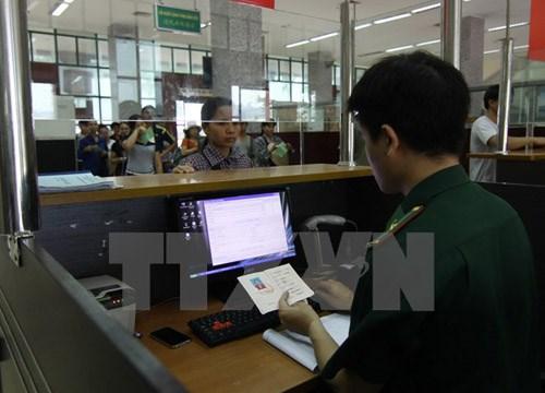 试行签发电子签证9个月以来共有50多万名外国人入境越南 hinh anh 1