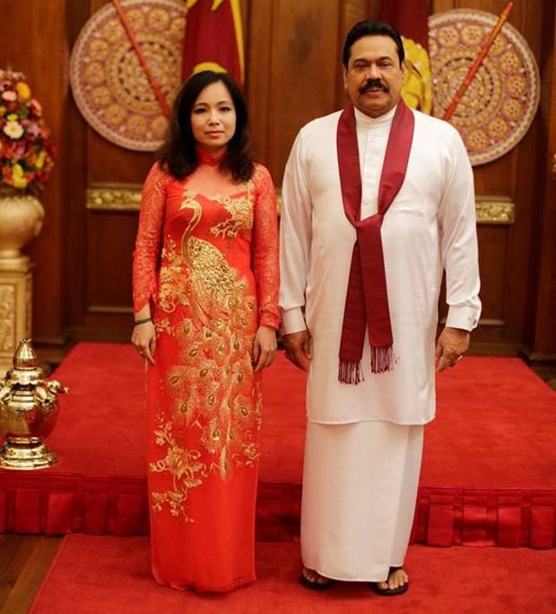 越南女性代表当选科伦坡计划秘书长 hinh anh 1