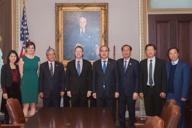 胡志明市市委书记会见美国副国务卿香农 hinh anh 2
