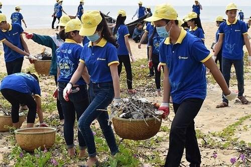 越南青年在保护环境和应对气候变化中发挥先锋作用 hinh anh 1