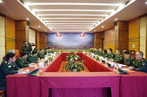 越南老街省边防与中国云南公安边防设立外事联络员及开通热线电话 hinh anh 1