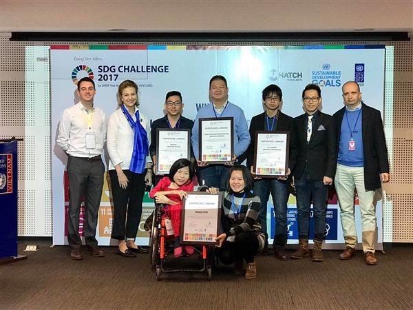 有助于落实越南可持续发展目标的4个公益性项目获奖 hinh anh 1