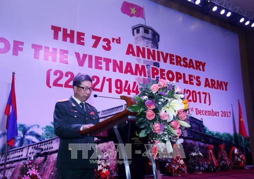 越南人民军成立73周年纪念活动在老古巴和捷克举行 hinh anh 1