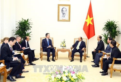 越南政府总理阮春福分别会见外国新任驻越大使 hinh anh 2