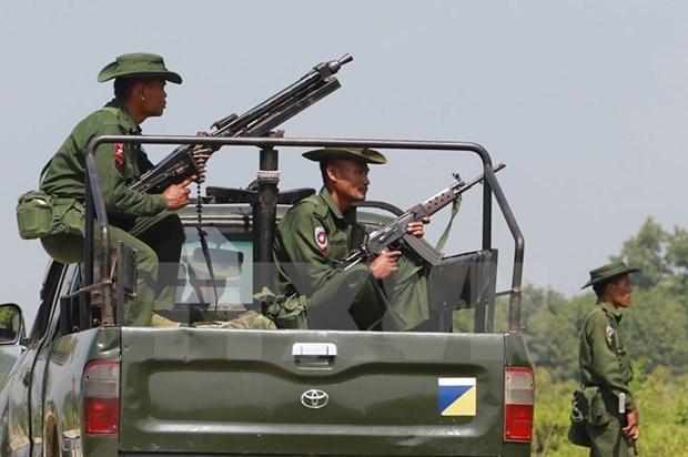 缅甸在若开邦北部延长宵禁令 hinh anh 1