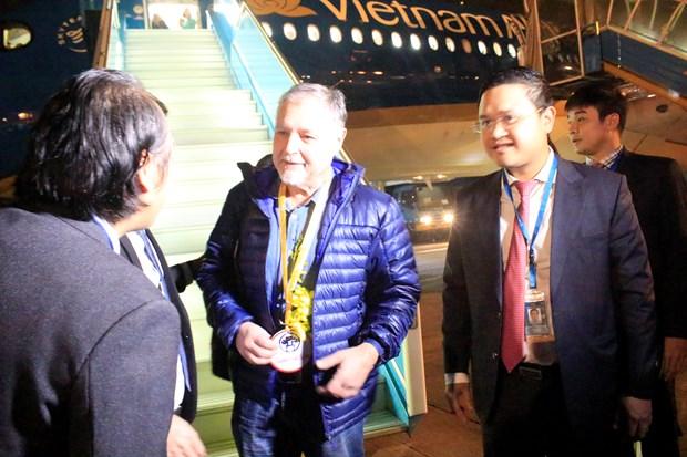 河内市和胡志明市迎来2018年第一名国际游客 hinh anh 2