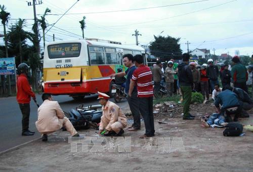 2017年最后一日越南交通事故死亡人数19人 hinh anh 1