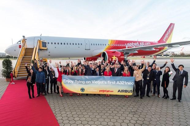 越捷航空公司接收首架A321neo飞机 hinh anh 1