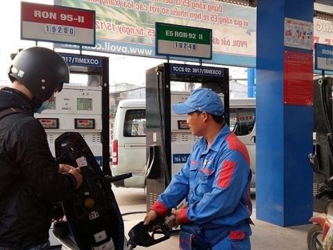 越南停售传统汽油 乙醇汽油渐获市场青睐 hinh anh 1