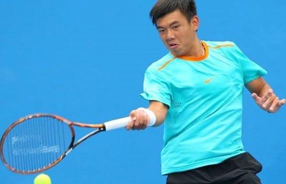 2017年香港男网F6未来赛:李黄南击败3号种子昂首挺进半决赛 hinh anh 1