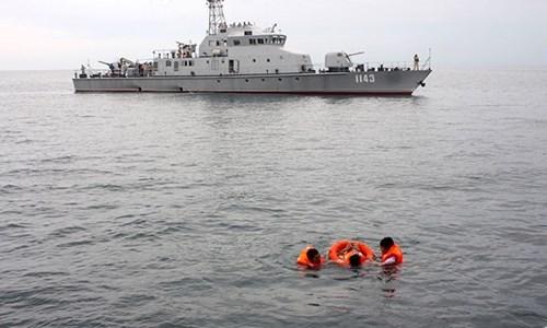 越柬第49次海军联合巡逻圆满结束 hinh anh 1