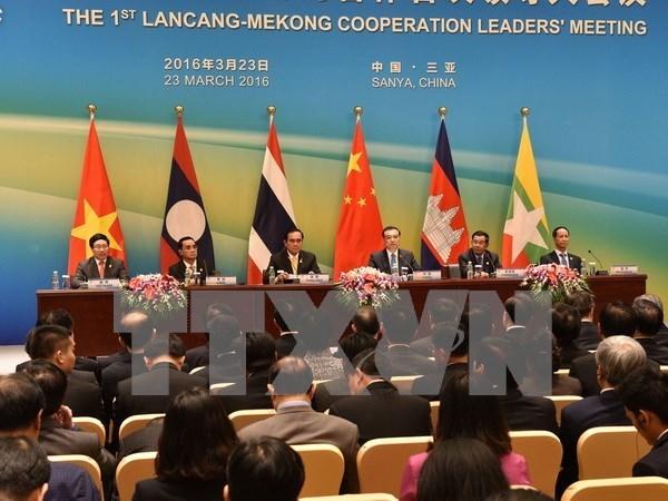 越南政府总理阮春福将出席湄公河-澜沧江合作第二次领导人会议 hinh anh 1