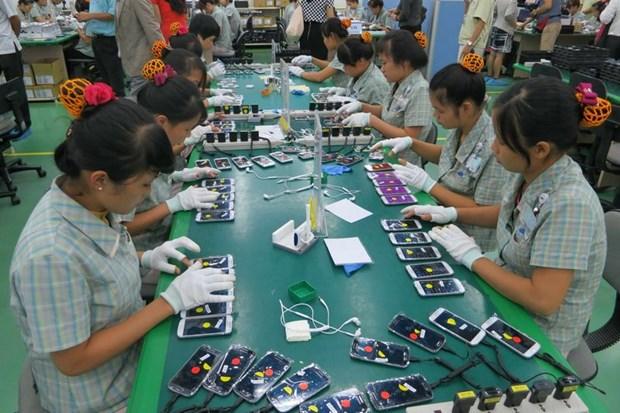 2017年越南手机出口额高达451亿美元 创历史新高 hinh anh 1