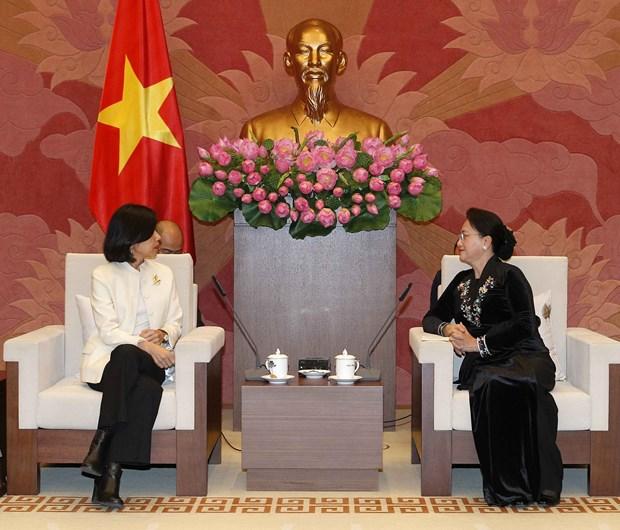 越南国会主席阮氏金银会见加拿大驻越大使平·基特尼克尼 hinh anh 1