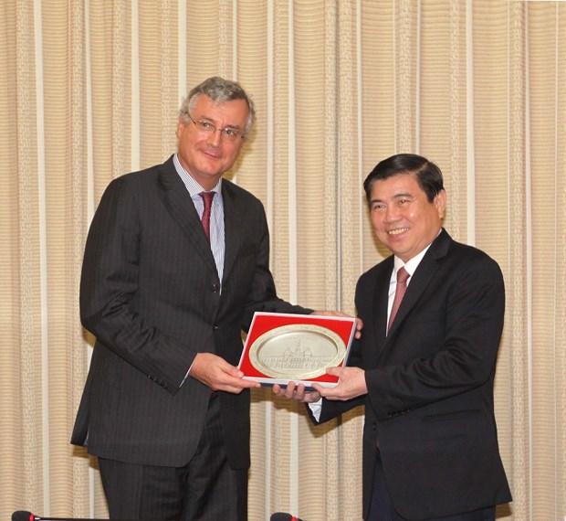 胡志明市与越南欧盟商会加强合作 hinh anh 1