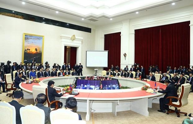 阮春福总理出席澜沧江-湄公河合作第二次领导人会议 hinh anh 2