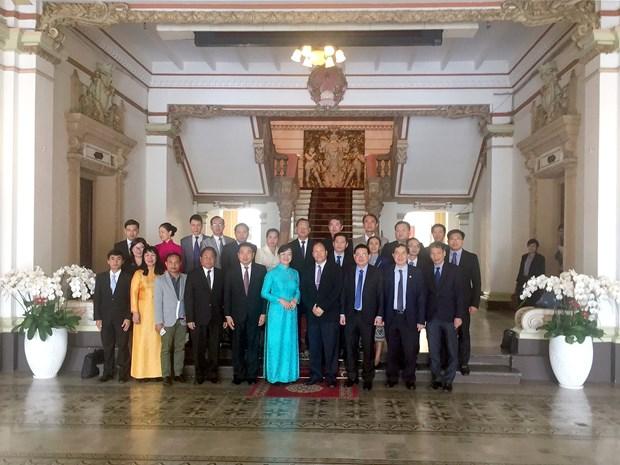 老挝有意学习借鉴越南土地管理经验 hinh anh 2
