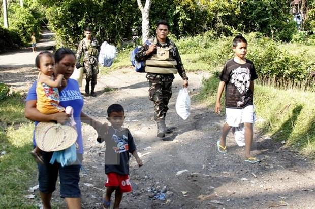 菲律宾政府疏散马荣火山附近900余户家庭 hinh anh 1