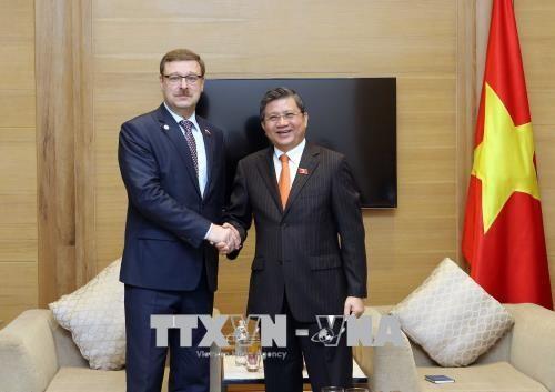 越南与俄罗斯加强立法工作的合作与交流 hinh anh 2