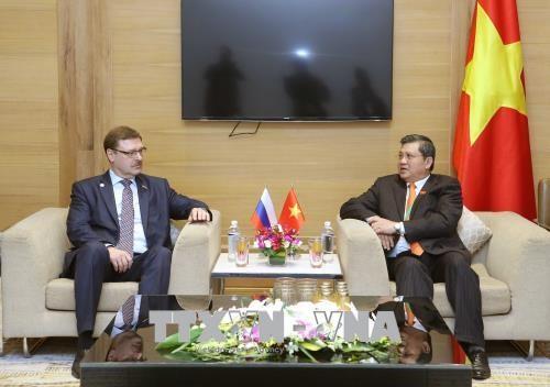 越南与俄罗斯加强立法工作的合作与交流 hinh anh 1
