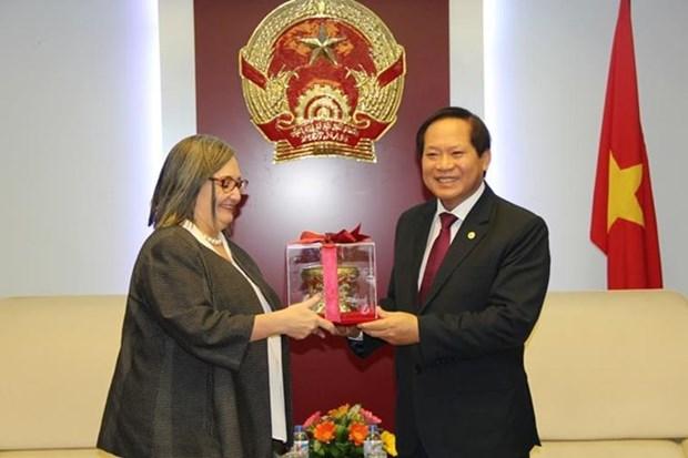 越南信息与传媒部加强与谷歌的合作 hinh anh 1