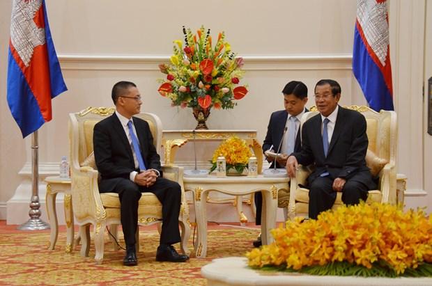 柬埔寨首相会见越南新任驻柬埔寨大使武光明 hinh anh 1