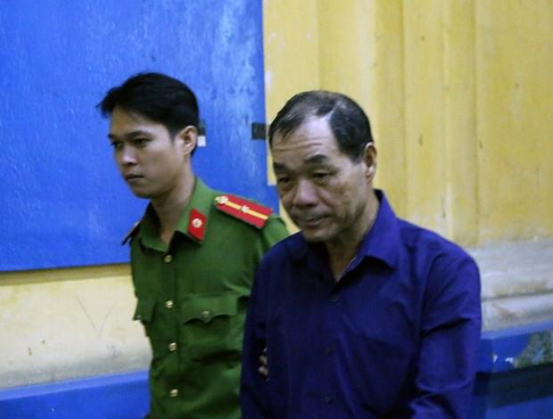 范功名腐败案:胡志明市人民检察院建议判处范功名30年有期徒刑 hinh anh 2