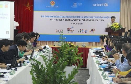 越南失学儿童比例明显下降 hinh anh 1
