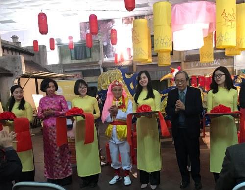 来到升龙皇城体验越南传统春节习俗 hinh anh 1