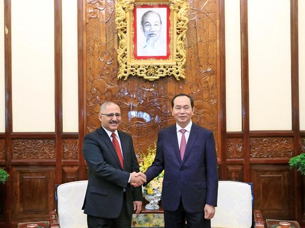 国家主席陈大光会见新加坡和埃及驻越大使 hinh anh 2