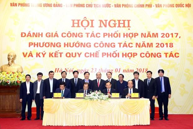 """阮春福总理:为共同利益提供参谋 坚决反对""""利益集团"""" 坚持反腐倡廉 hinh anh 2"""