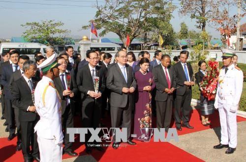 越南胡志明市与老挝沙湾拿吉省建立友好合作关系 hinh anh 2