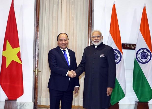 越南政府总理阮春福与印度总理莫迪举行会谈 hinh anh 1