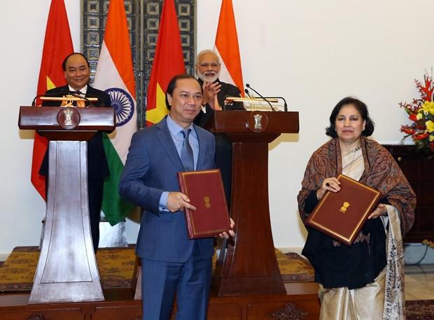 越南政府总理阮春福与印度总理莫迪举行会谈 hinh anh 2