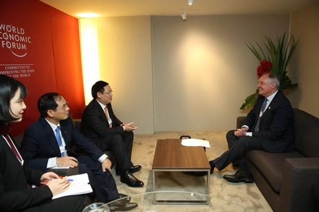 王廷惠在第48届世界经济论坛年会开展系列会见活动 hinh anh 3