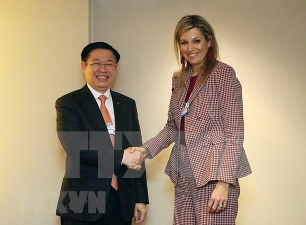 王廷惠在第48届世界经济论坛年会开展系列会见活动 hinh anh 2