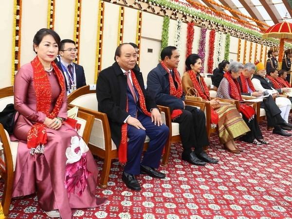 越南政府总理阮春福出席庆祝印度第69个共和日阅兵式 hinh anh 1