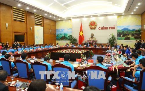 政府总理阮春福会见越南U23球队 授予球队一等劳动勋章 hinh anh 2