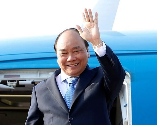 越南政府总理阮春福圆满结束赴老挝出席越老政府间委员会第40次会议之行 hinh anh 1