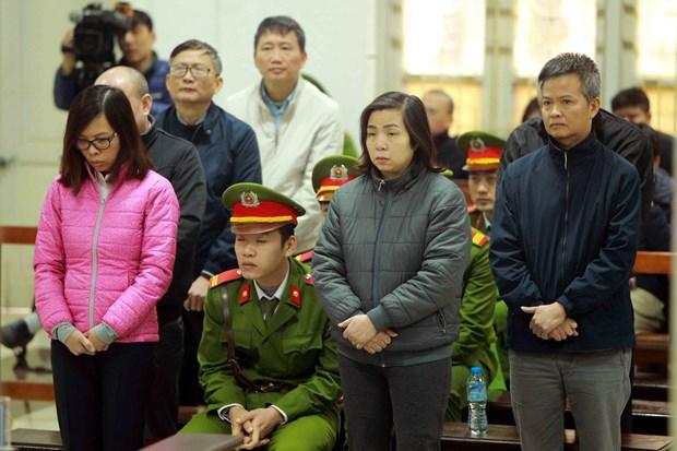 PVP Land贪污案:郑春青被判处终身监禁 hinh anh 2