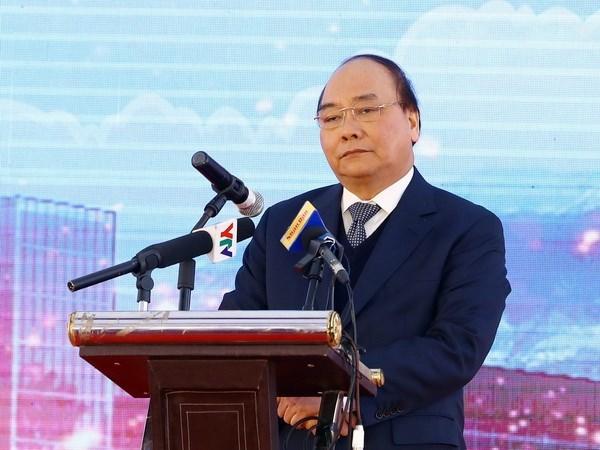 政府总理就官方发展援助和外债等问题答复国会代表的提问 hinh anh 1